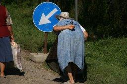Personas por la carretera Rumanía (2011)